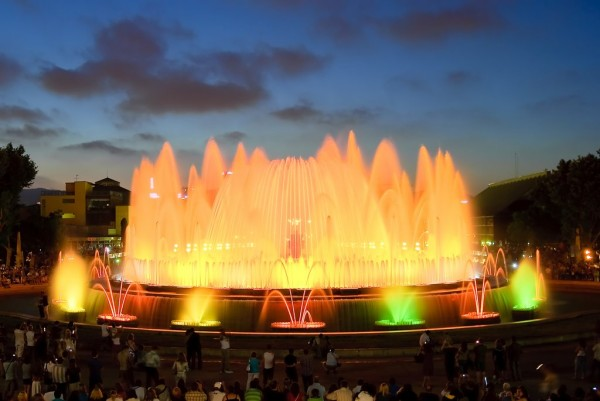 ff-Magic-fountain-of-Montjuic-www.junkmail.co.za