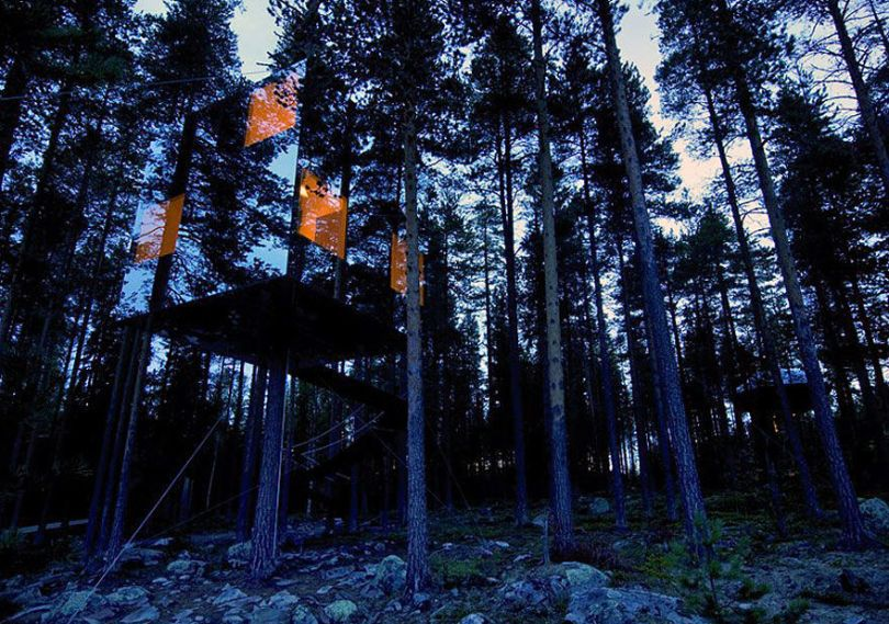th-frommirrors-Sweden-boredpanda.com
