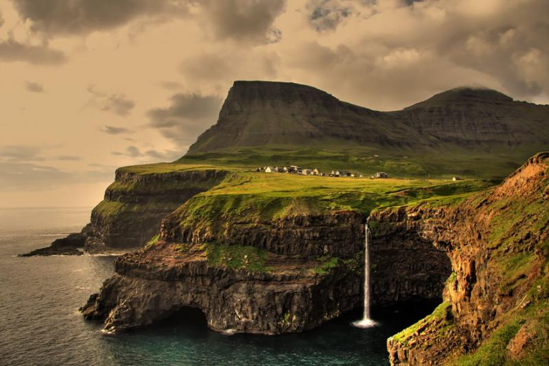 Gasadalurfaroe Islands via unknown photographer