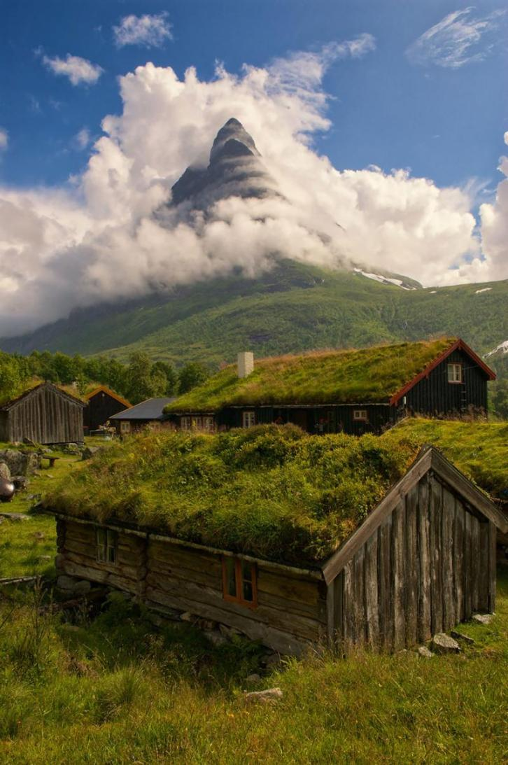 Renndolsetra Norway via Reddit