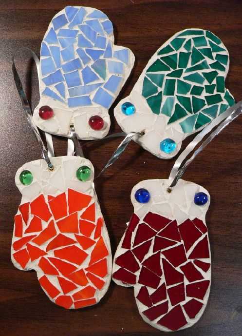 "Ornament-Mosaic-""Mitten"" by Linda Lewis"